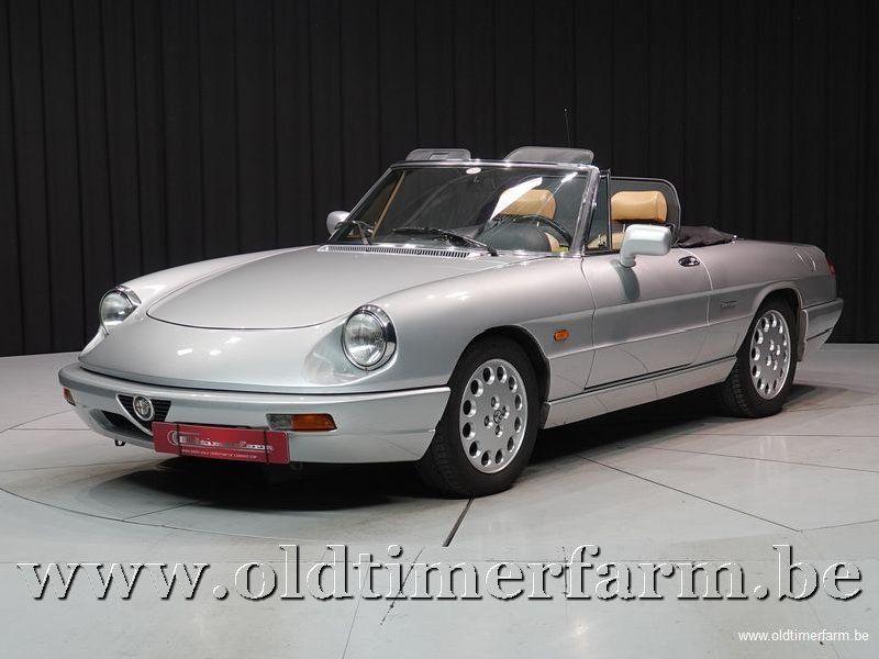 Alfa Romeo Spider 4 2.0