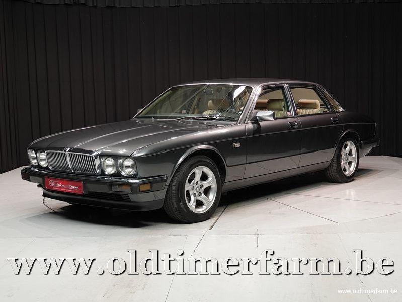 Jaguar XJ40 Sovereign '89 (1989)