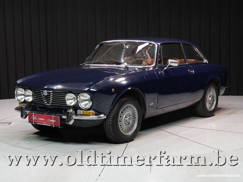 Alfa Romeo 1300 GT Junior '75 (1975)