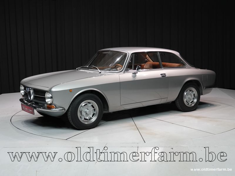 Alfa Romeo 1300 GT Junior '71 (1971)