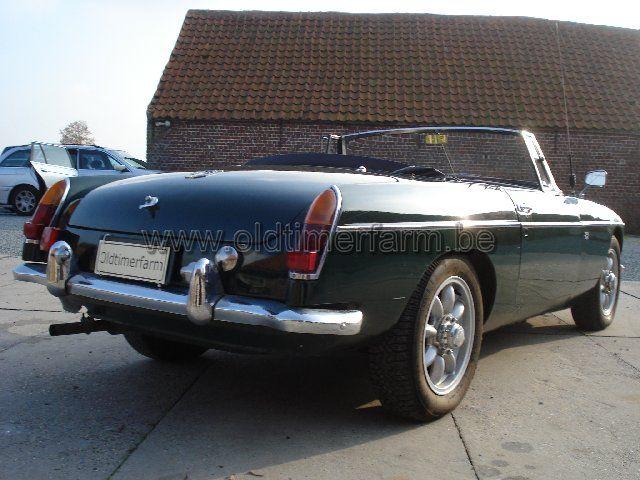 MG B Green pull handle LHD 1963 (1963)