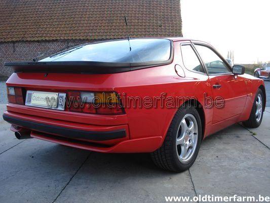 Porsche 944 S2 Red (1989)