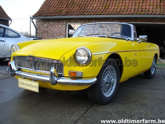 MG  B Yellow LHD 1966 (1966)