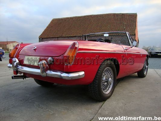 MG B red LHD (1964)