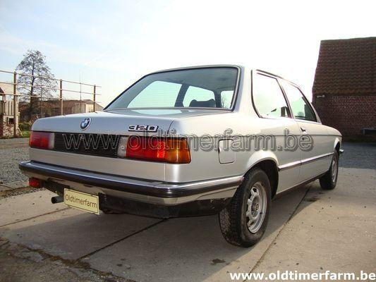 BMW 320/4 E21 (1977)