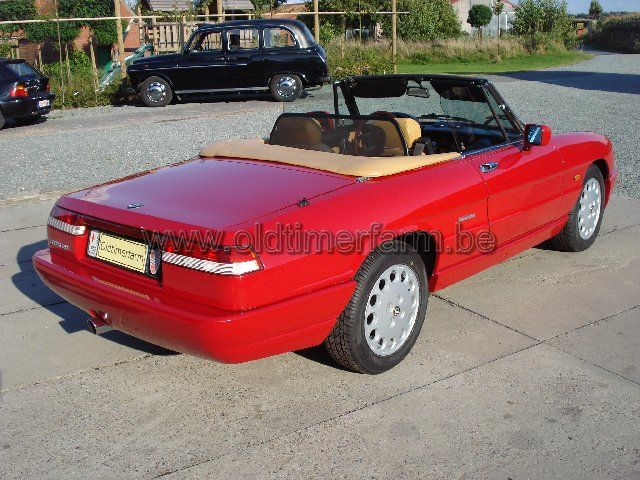 Alfa Romeo  Spider 4  (1991)