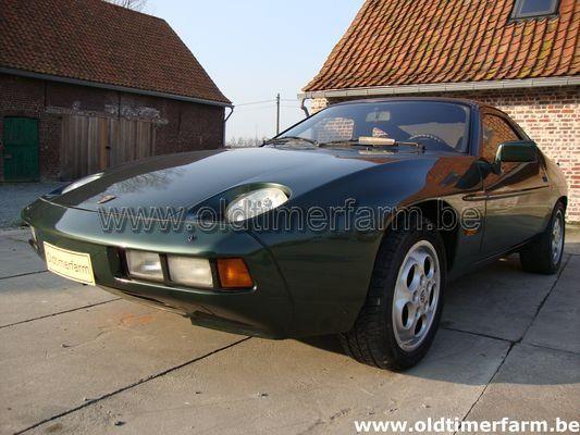 Porsche  928 green (1979)