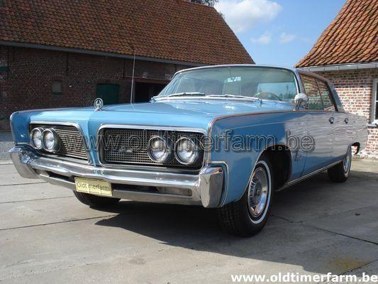 Chrysler Imperial Crown Four Door Hardtop  (1964)