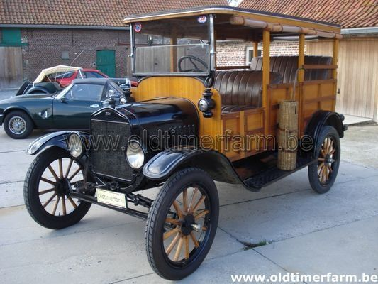 Ford T  Woody (1921)