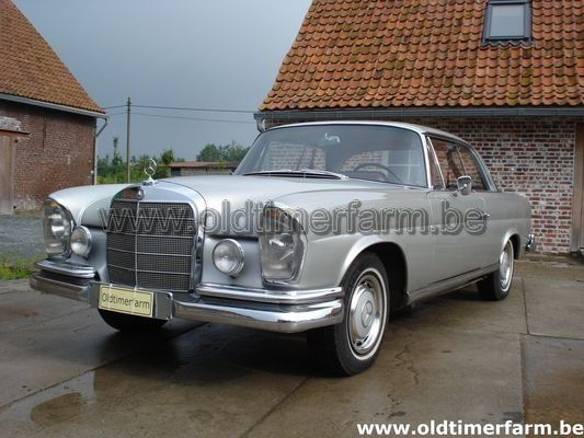 Mercedes-Benz 220 SE Silver (1962)
