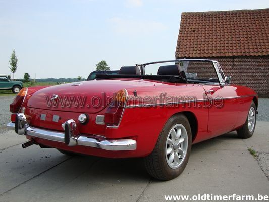 MG B red LHD 1975 (1975)