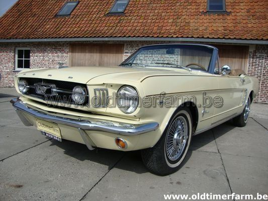 Ford Mustang Cabriolet Yellow (1965)