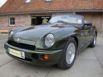 MG RV8 green