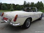 MG B RHD Old English White '64 (1964)