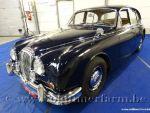 Daimler  250 V8 Blue '67