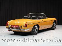 MG B Roadster Mustard Yellow