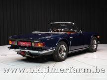 Triumph TR6 blue