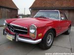 Mercedes-Benz 280 SL  Red