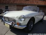 MG B white LHD